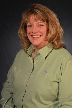 Kristen Bonwell, General Manager